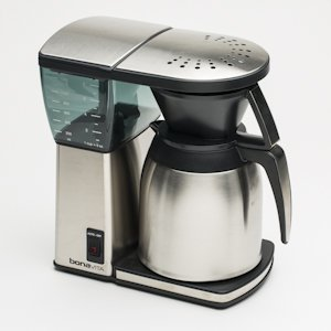 Coffee Maker Thermal Carafe Vs Glass : Bonavita Coffee Maker. Bonavita Bv1800 8cup Coffee Maker. Bonavita Bv1800 8 Cup Coffee Maker ...